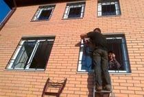 Монтаж решеток в Барнауле